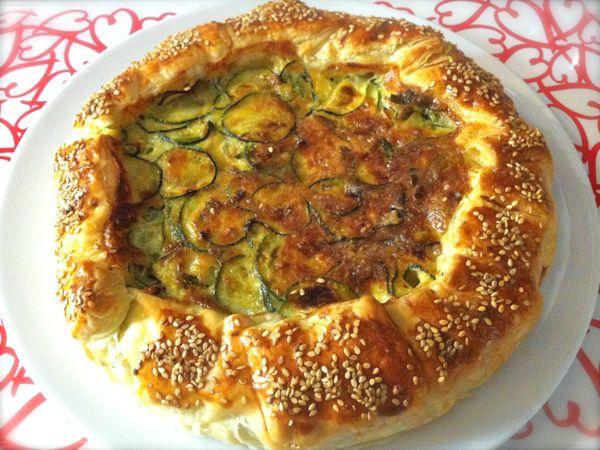 Torta salata con zucchine ricetta torta salata zucchine for Torte salate con pasta sfoglia