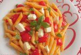 """Pasta con pomodorini e mozzarella """"a crudo"""""""