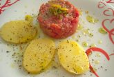 Carne cruda all'albese