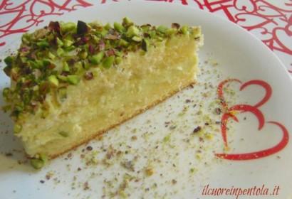 Torta con crema di ricotta e pistacchi