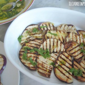 melanzane grigliate con aglio e menta