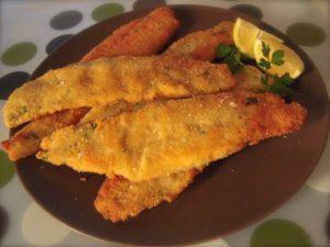 Filetti di merluzzo impanati e fritti