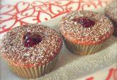 Muffins con confettura ai frutti di bosco