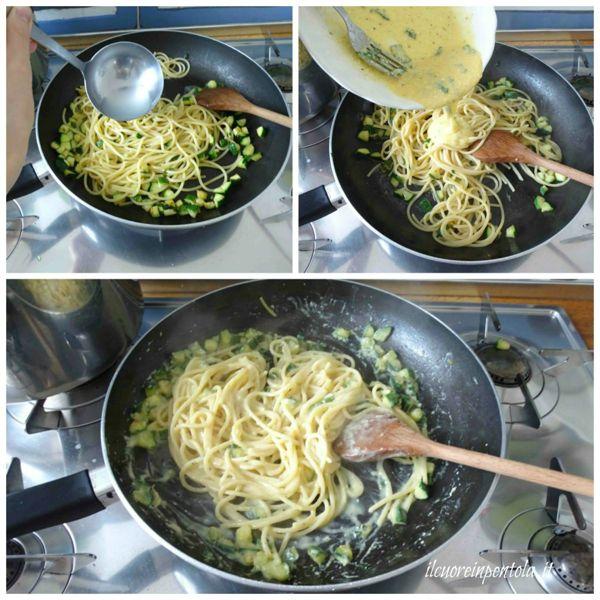 mantecare pasta con zucchine e aggiungere uova