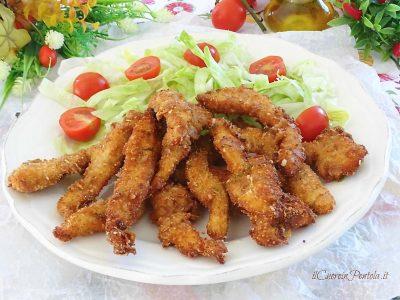 Straccetti di pollo fritti