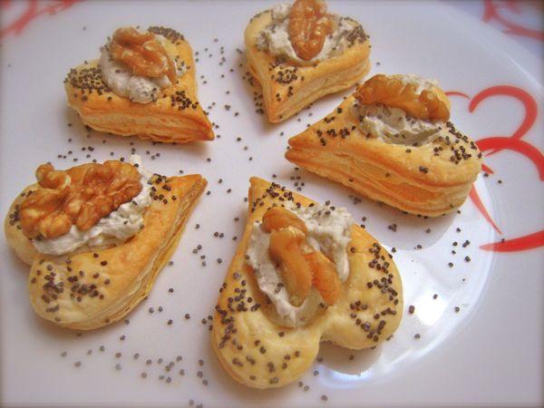 cuori di sfoglia con mousse gorgonzola