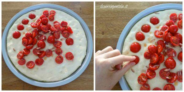farcire focaccia con pomodorini
