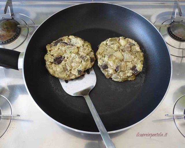cottura hamburger in padella