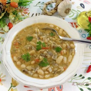 zuppa di fagioli e funghi
