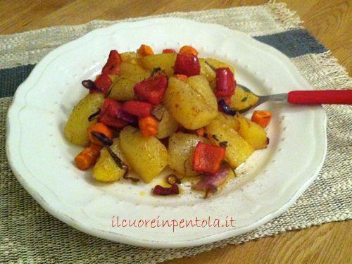 patate-al-forno-con-cipolle-e-peperoni