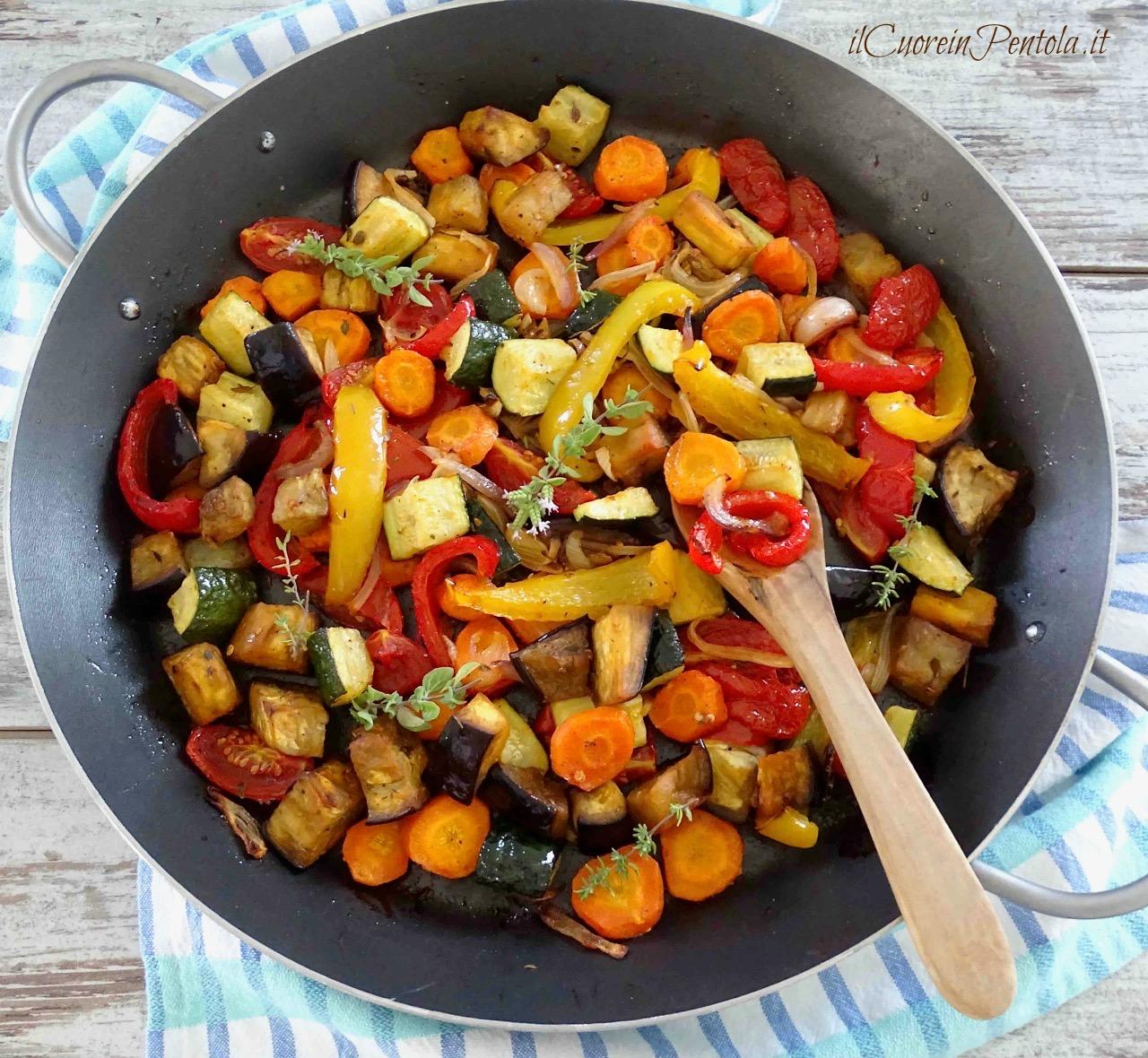 Ricetta Verdure Miste Cotte.Verdure Al Forno Ricetta Verdure Miste Estive Al Forno Il Cuore In Pentola