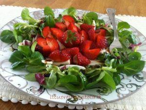 insalata di fragole, soncino e finocchi