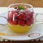 coppette-di-crema-e-frutta.jpg