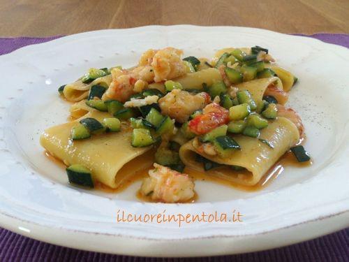 paccheri-gamberi-e-zucchine