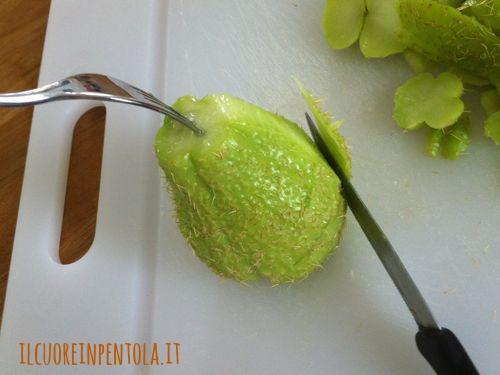 come-pulire-la-zucchina-spinosa