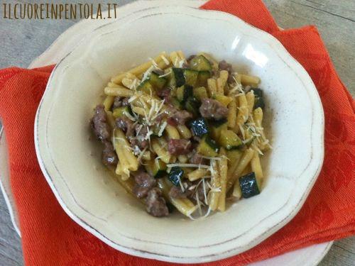 caserecce-salsiccia-e-zucchine