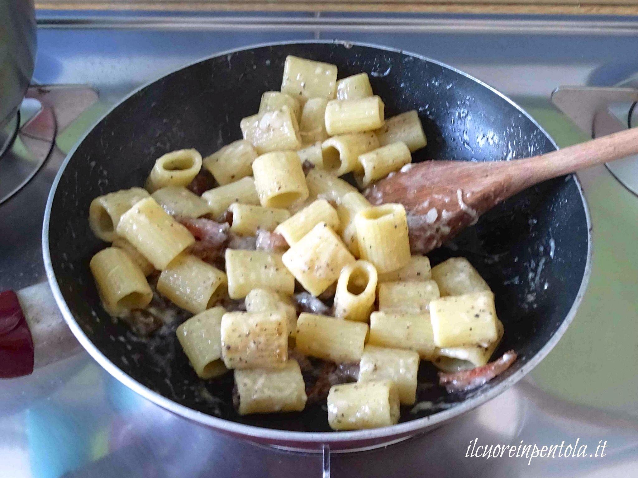 Pasta alla gricia - Ricetta pasta alla gricia cremosa Il