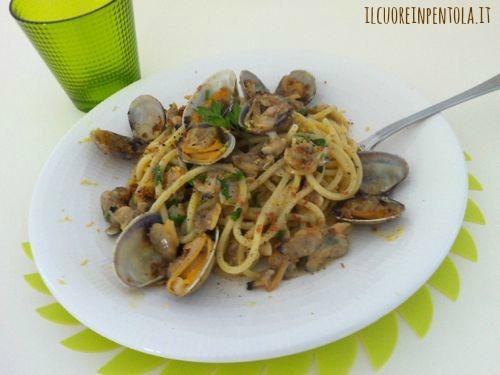 spaghetti_con_vongole_e_bottarga