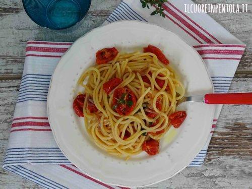 pasta_con_pomodori_confit
