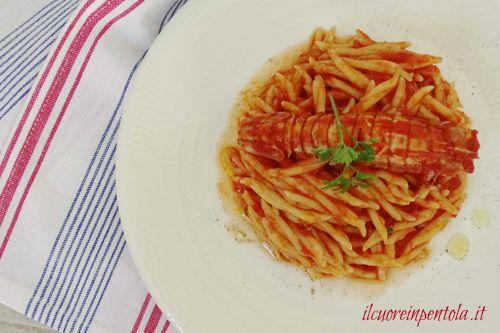 ricetta_sugo_di_canocchie_o_cicale_di_mare