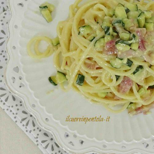 carbonara di zucchine e pancetta