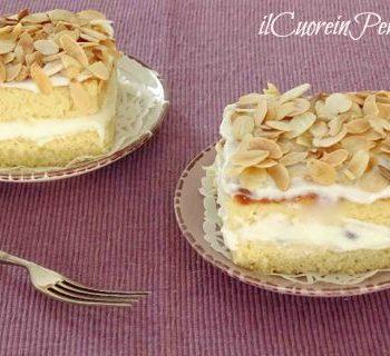 torta con ricotta e mandorle tostate