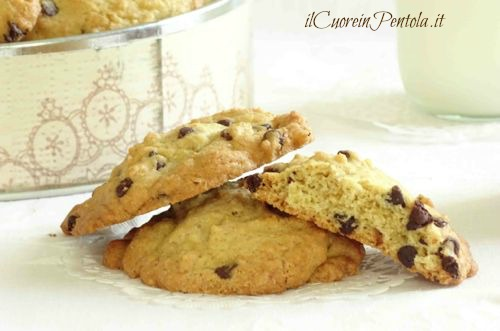 chocolate chip cookies ricetta