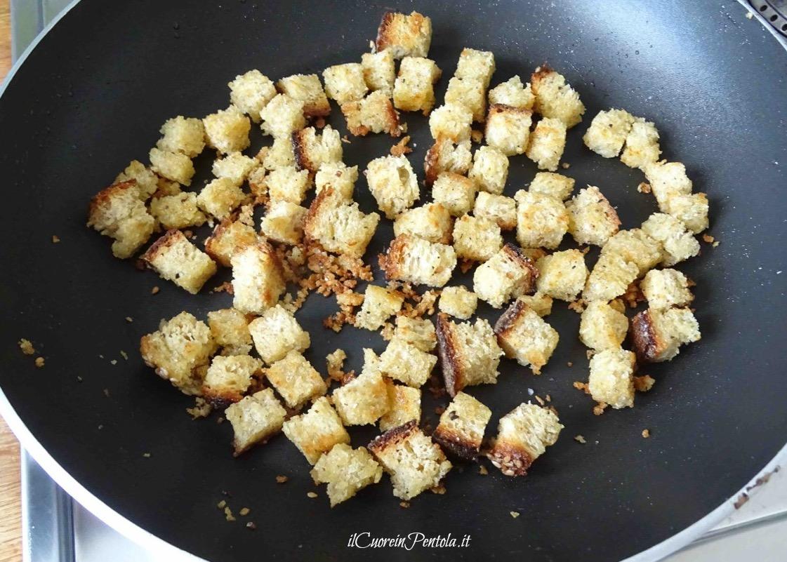 crostini di pane per zuppa