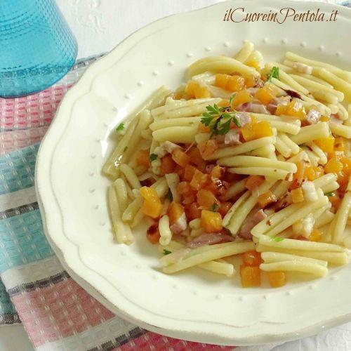pasta con zucca pancetta e aceto balsamico