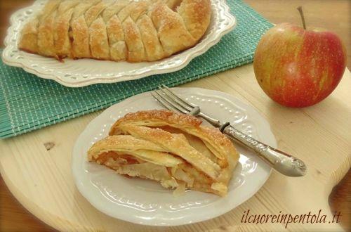 sfoglia intrecciata con mele ricetta