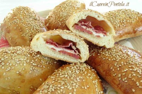 calzoni siciliani al forno ricetta