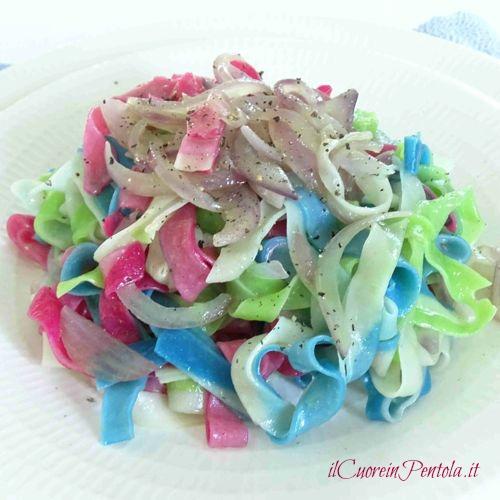pasta fresca colorata fatta in casa