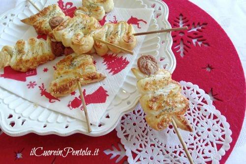 Antipasti Alberelli Di Natale.Alberelli Di Pasta Sfoglia Ricette Con Foto Il Cuore In Pentola