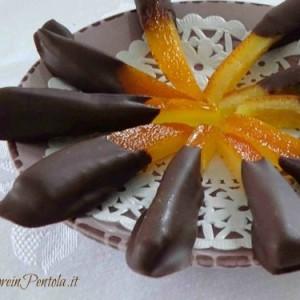 scorzette d'arancia candite con cioccolato