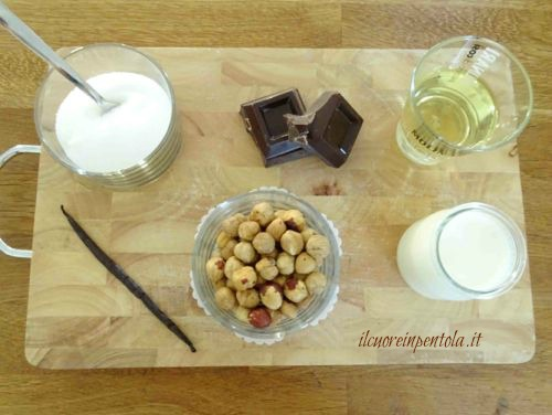 ingredienti crema di nocciole