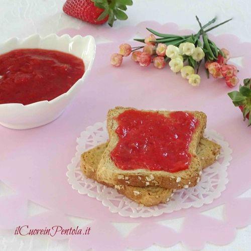marmellata di fragole senza zucchero ricetta