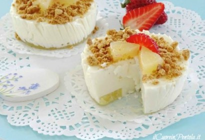 Mini cheesecake all'ananas