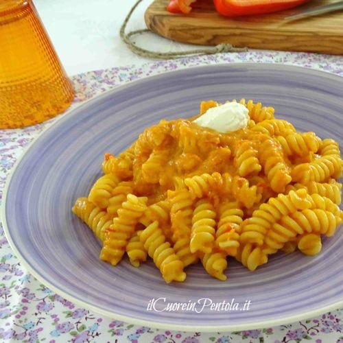 pasta con crema di peperoni ricetta