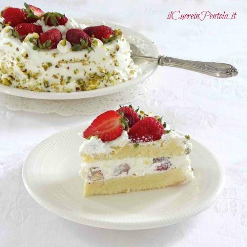 torta alle fragole con panna
