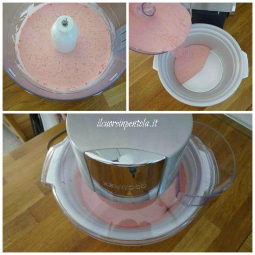 versare il composto nella gelatiera