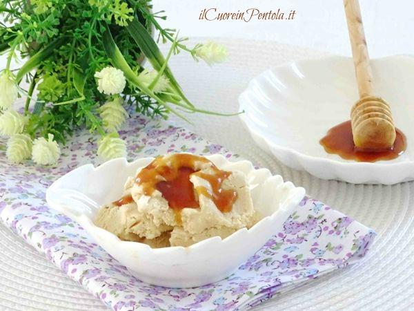 gelato al miele ricetta