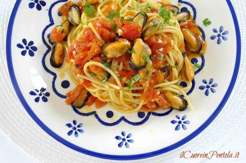 pasta con le cozze alla tarantina ricetta