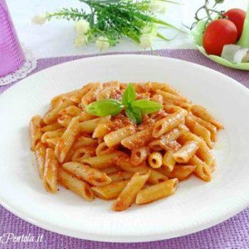 pasta con pomodoro frullato