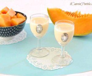 Meloncello: liquore cremoso al melone