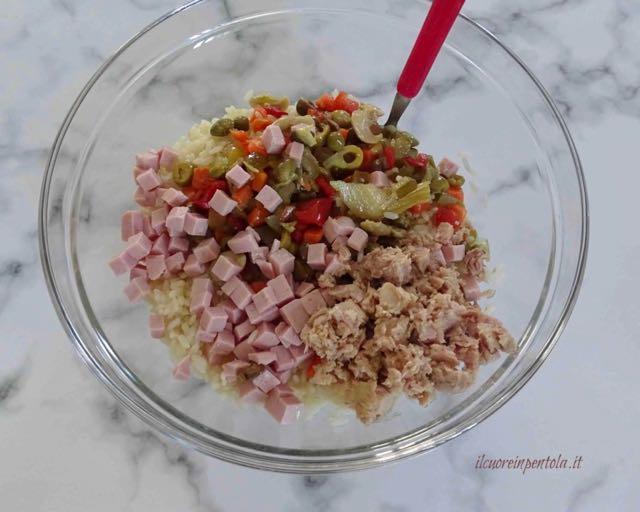 condire insalata di riso