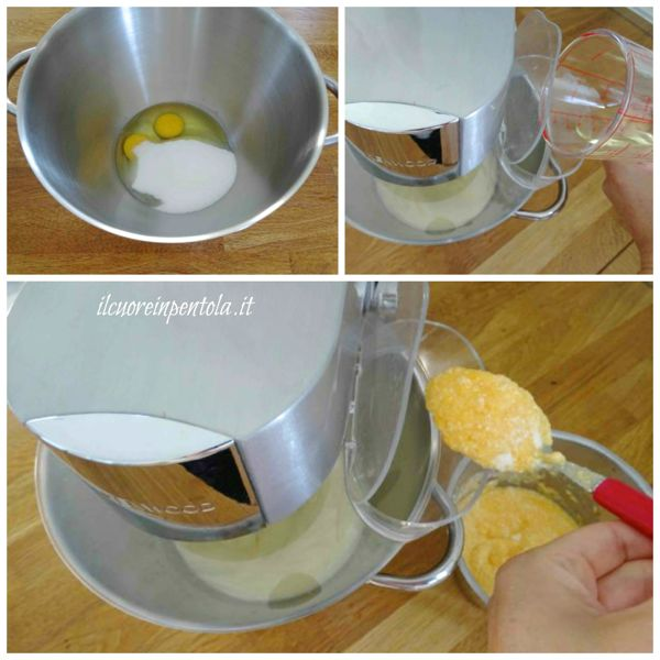montare uova e zucchero e aggiungere purea zucca