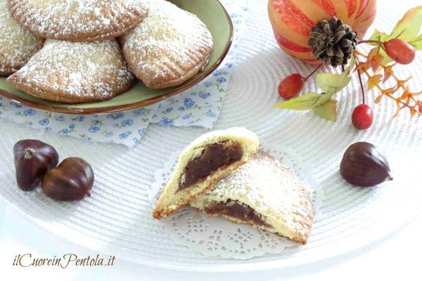 biscotti con crema di castagne e cioccolato