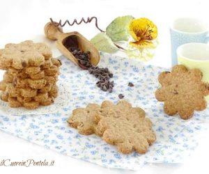 Biscotti integrali con gocce di cioccolato
