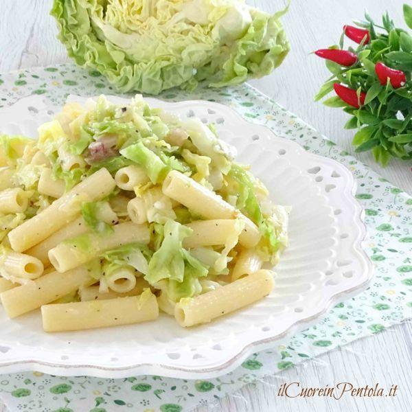 pasta con verza e pancetta