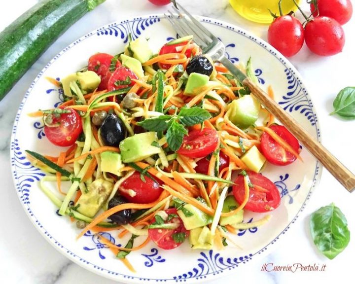 insalata di zucchine crude